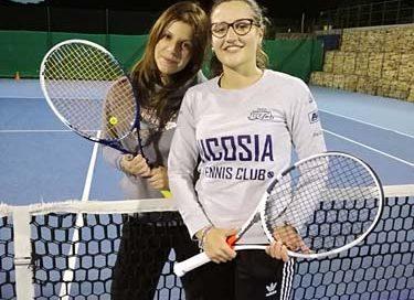 La squadra femminile del Nicosia Tennis Club lotta per la serie A