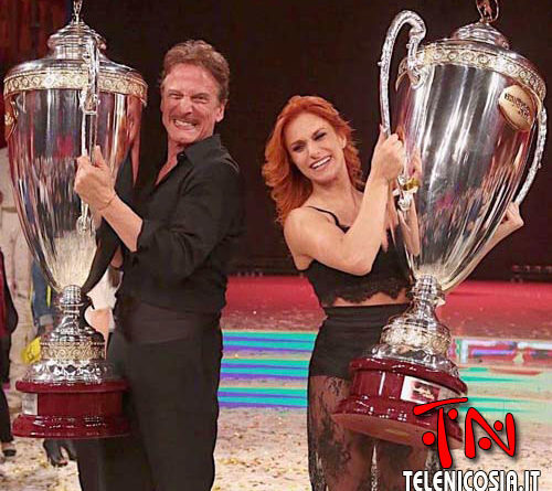 Insegnante di ballo di Nicosia vince BALLANDO CON LE STELLE 2018 – VIDEO
