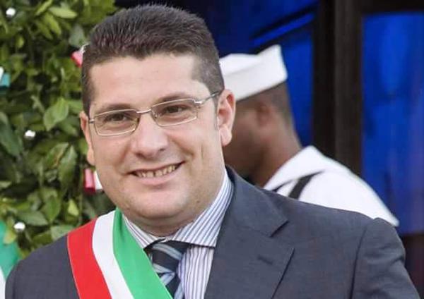 Gestione rifiuti, Fabio Venezia si dimette dal consiglio d'amministrazione della Srr. La replica di Armando Glorioso