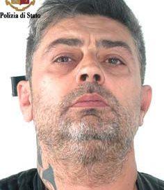 Enna, arrestato un uomo per aggressione e minacce nei confronti degli agenti della Polizia di Stato