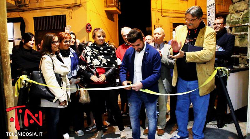 Nicosia, arte e motori protagonisti della mostra itinerante di Roberto Barbato e Salvo Manuli – FOTO & VIDEO