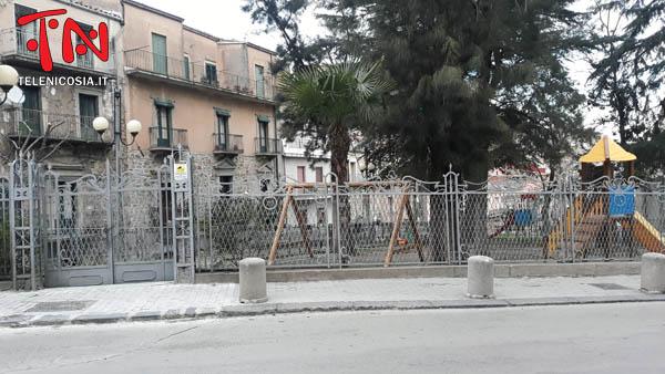 Nicosia, disinfestata dalla processionaria la villa Burrafato