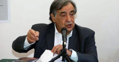 """Palermo, Orlando indagato """"Farò chiarezza con i magistrati"""""""